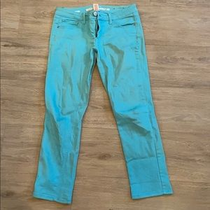 Turquoise cropped pants!